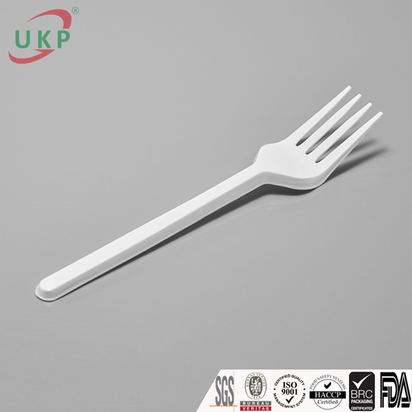 ukp cups, plastic cups, uy kiet plastic cups. high quality plastic cups., white plastic fork, spoon, knife, uy kiet viet nam, plastic cups, ukp plastic cups,